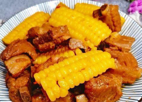 焖排骨玉米,简单却美味家常菜,一次一壶,让全家人都很美味