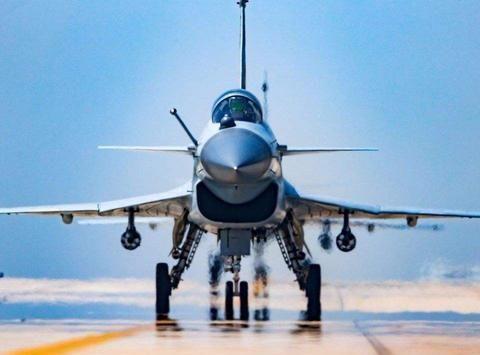 升级推进系统的歼-20隐身战机,生产提速!或将正面对决F-35战机