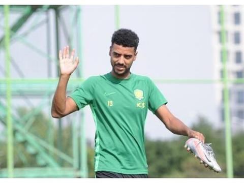 国足喜讯!未来当家球星6场轰7球,搭档武磊,冲击卡塔尔世界杯!