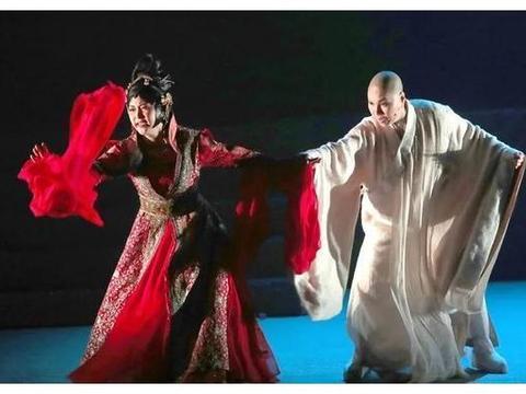 台湾歌仔戏名伶唐美云《千年渡.白蛇》再剃发扮法海渡众生