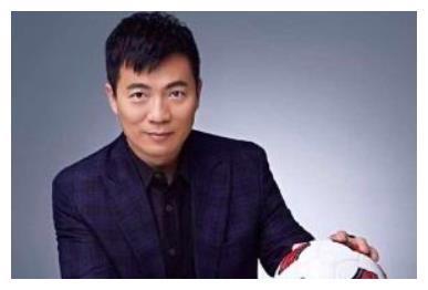 范志毅黄健翔炮轰400亿富豪,聂卫平却用14字,指明中国足球出路