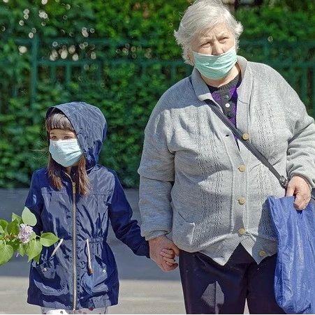 数说疫情0715:76%美国人戴上口罩,俄罗斯国家投资计划推迟6年,国内连续9日无本土新增