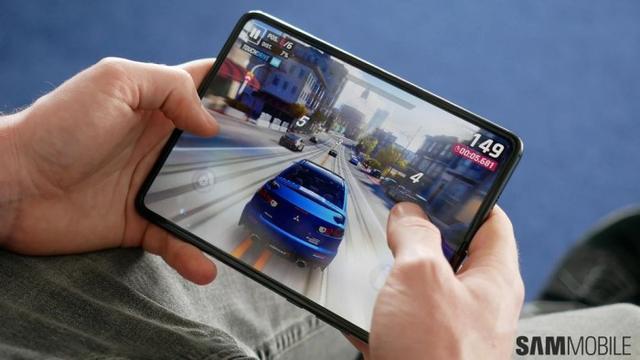 韩媒曝光Galaxy Z Fold 2规格:7.7英寸120Hz内屏+6.23英寸外屏