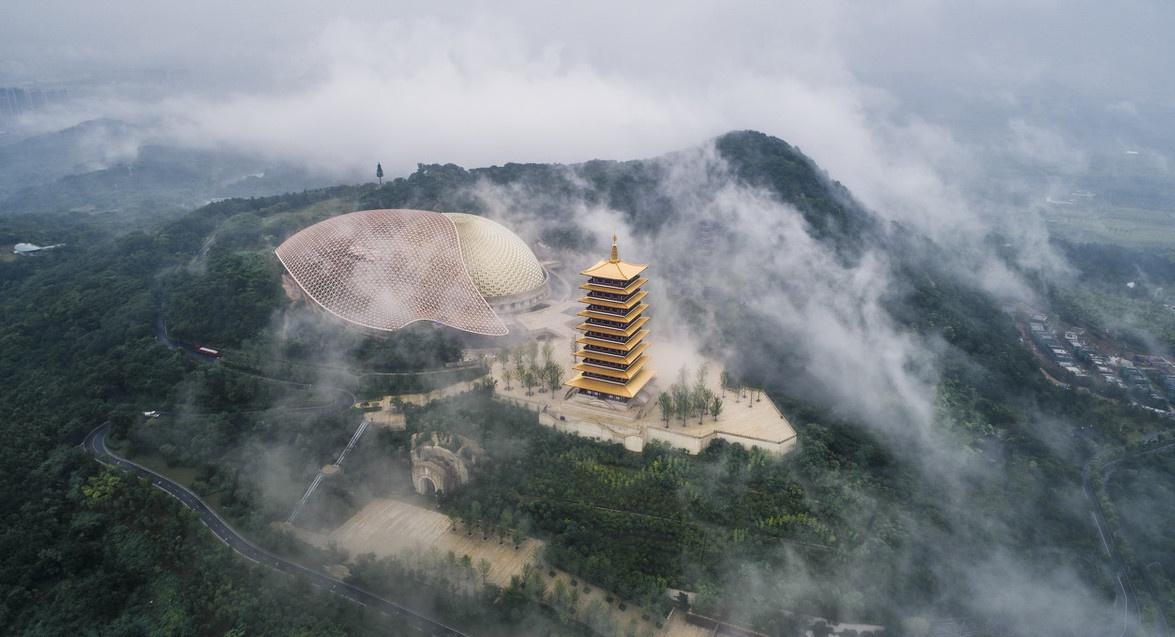中国最奢华寺庙耗资40亿,珍藏着唯一的佛顶骨舍利,满眼都是黄金