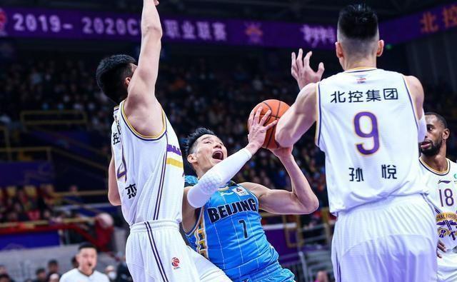 狂飙29+4,林书豪打疯了!北京7连胜重返第3,上季第4季后赛告急