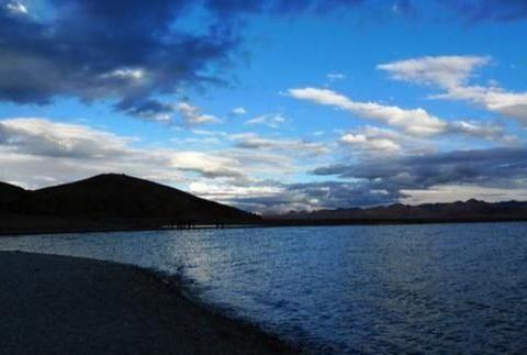 西藏旅游不佛系,全球最好咸水湖被称为天湖,美景背后有故事