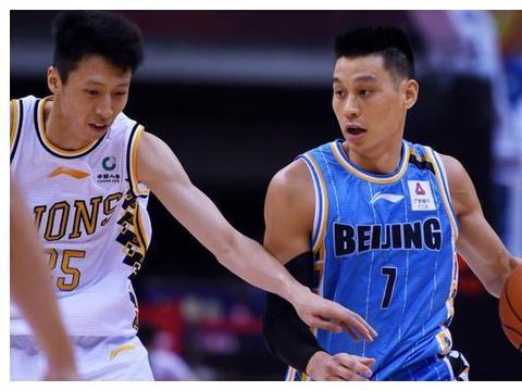 林书豪带队冲7连胜,北京争第3良机,提防对手双塔,央视直播