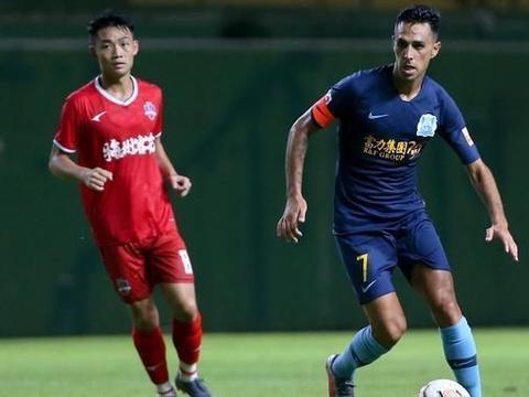 解析:广州富力的攻势足球踢得如此漂亮,上赛季的成绩却异常惨淡