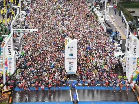 """""""世界马拉松六大满贯"""",为什么是跑者的必修课程?"""