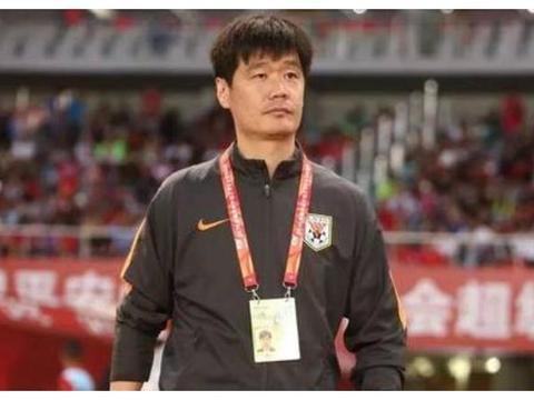 中国足球好消息:山东省建了7个新足球场,市民直言脚感太好了