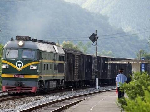 """中国火车站""""最多""""的城市,境内拥有16个火车站,不是北京、上海"""