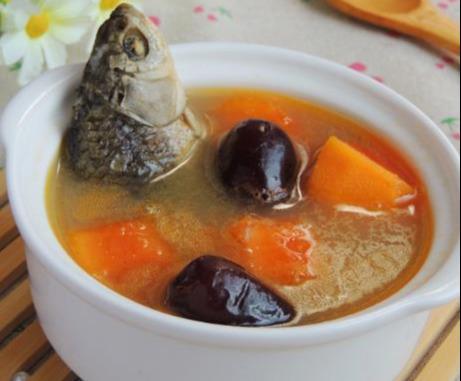 姜汁鲜奶蒸蛋,蓝莓酱山药,木瓜煲鲫鱼