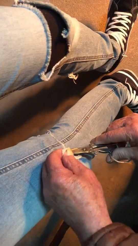 买了一条破洞裤,结果爷爷