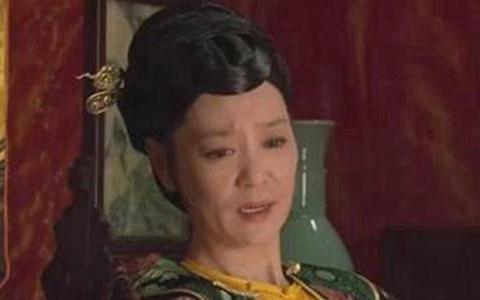 甄嬛传:太后快咽气时,为何要偷偷藏起懿旨?难怪雍正恨透了她!