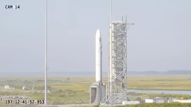 """发射一枚少一枚!美军再次用""""洲际导弹""""送绝密卫星上太空"""