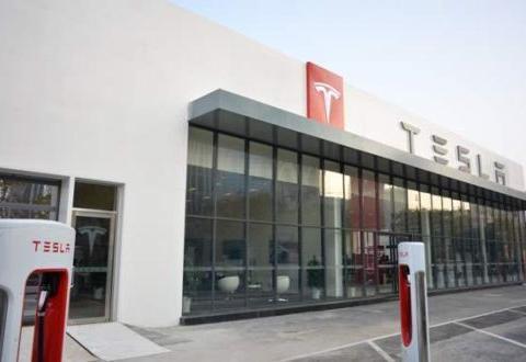 Model 3自动驾驶系统再酿事故 特斯拉称车主退车诉求不合常理