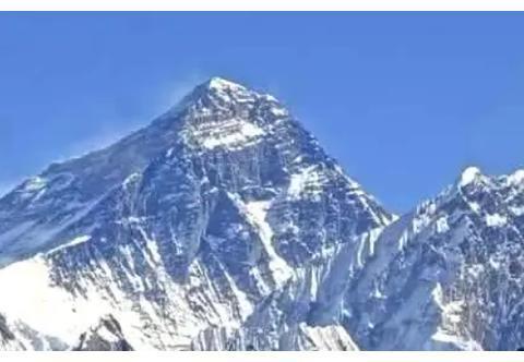 珠峰每年长高1厘米,板块构造正在重塑地球,未来地球会成啥样?