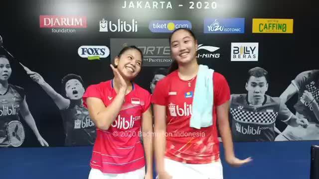 印尼女双队内赛波莉和小伙伴取得第三名……