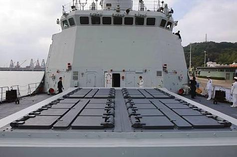 和美航母对峙,成巴基斯坦海军脊梁,揭秘战力堪比驱逐舰的054A