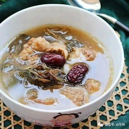 金线莲红枣猪骨汤  鲜甜有营养  养血又生肌