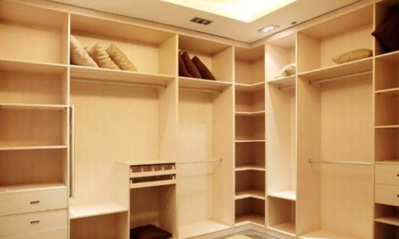 有些业主定制衣柜被坑了还不知道怎么做才能不被坑?