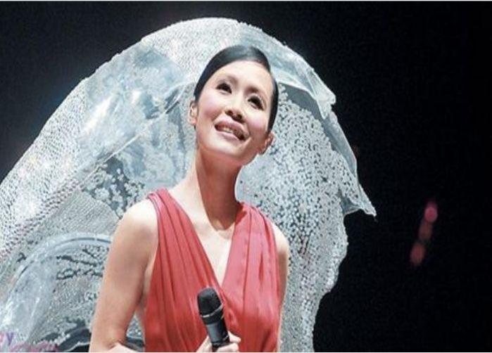 她曾和王菲齐名,当红时嫁给林海峰,51岁魅力依旧