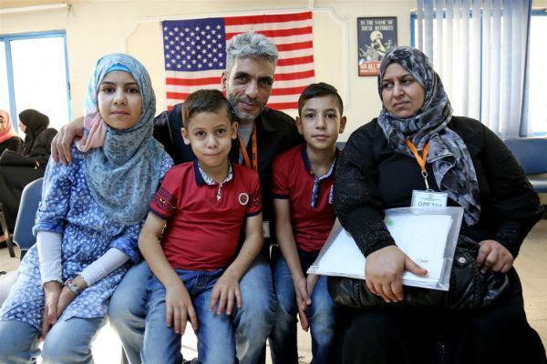 特朗普为何对移民政策下手?奥巴马在放开移民政策上留下无穷后患
