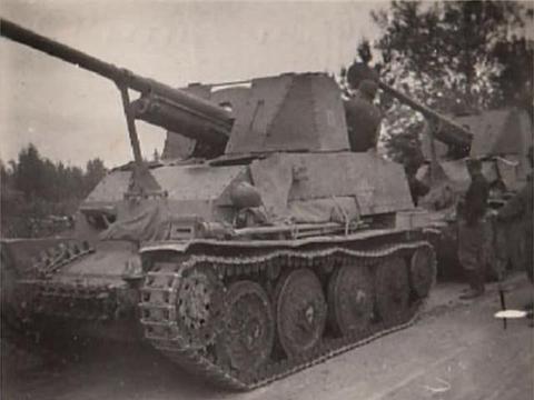 火力强劲可以点名,防护却奇差:德军靠苏军反坦克炮打穿苏军战车