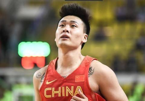 赵睿砍20分成获胜功臣,可老毛病又犯了,球迷:他是CBA帕楚里亚