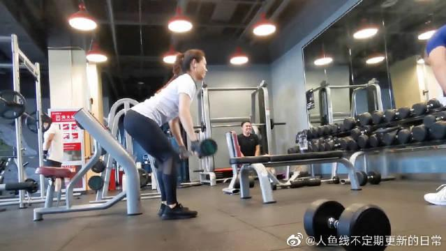 背部训练,改善虎背熊腰,加速身体燃脂!
