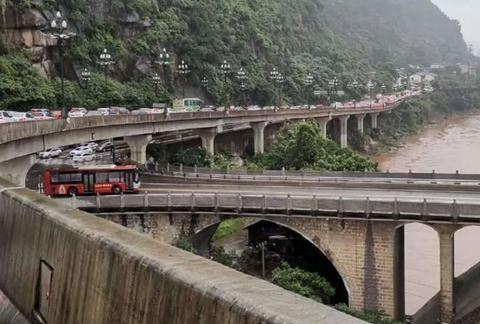 """宜宾出城新通道!盐坪坝大桥,七星山隧道将打通城市""""内环"""""""