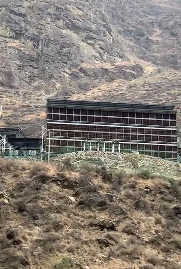 """四川丹巴县存在""""比特币挖矿""""违法用电、违建厂房乱象"""