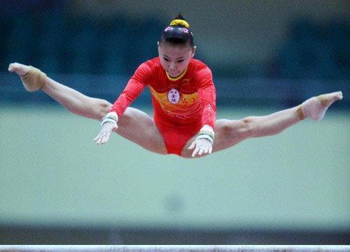 28岁体操冠军何可欣,退役后二次发育成女神,至今仍单身