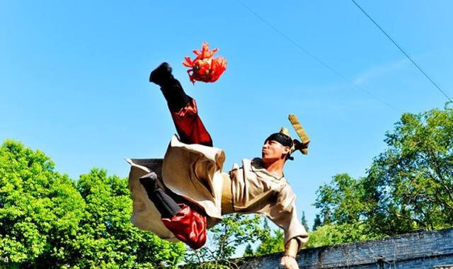 国际足联已确认足球起源中国,为何英国人认为英格兰才是起源地?