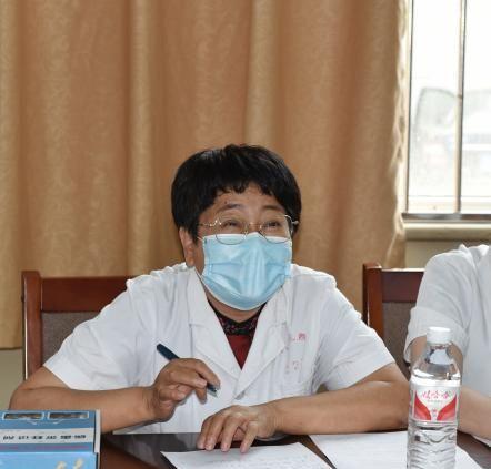 唐山市人民医院科教科组织检验人员展开新型冠状病毒核酸检测实操