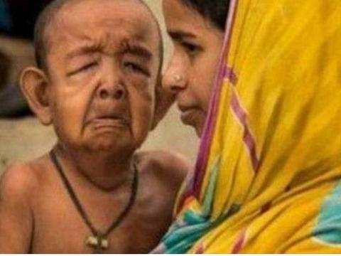 印度13岁女子近亲结婚,孩子出生全家都瘫软了!背后原因令人心酸