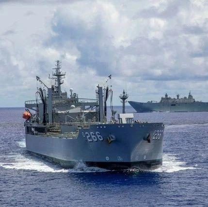 澳大利亚舰队闯入南海后,遭遇中国海军……