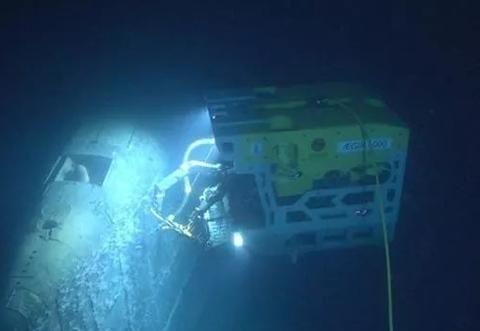 沉没30年核潜艇飘出奇怪烟雾,辐射量超正常水平10万倍