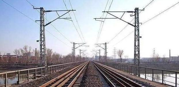 动车与高铁结构都极为相似,但差别还十分明显,别再弄错了