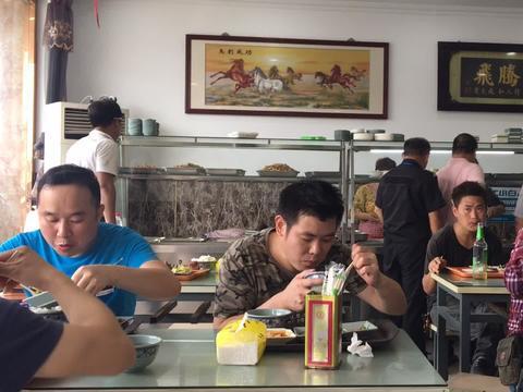 光福镇这么实惠的快餐店已经很少了,看看这家生意怎么样