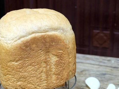 懒人也要有懒福,巧用面包机,无油低糖、营养健康的面包食谱来了