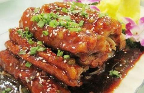 可乐带鱼,香醋裙带菜,糯米五香蒸排骨的做法
