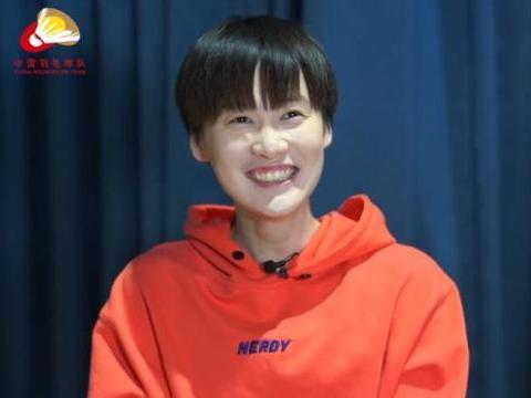 陈雨菲镜头前数次开怀大笑!直言自己没有美貌,石宇奇声音客串