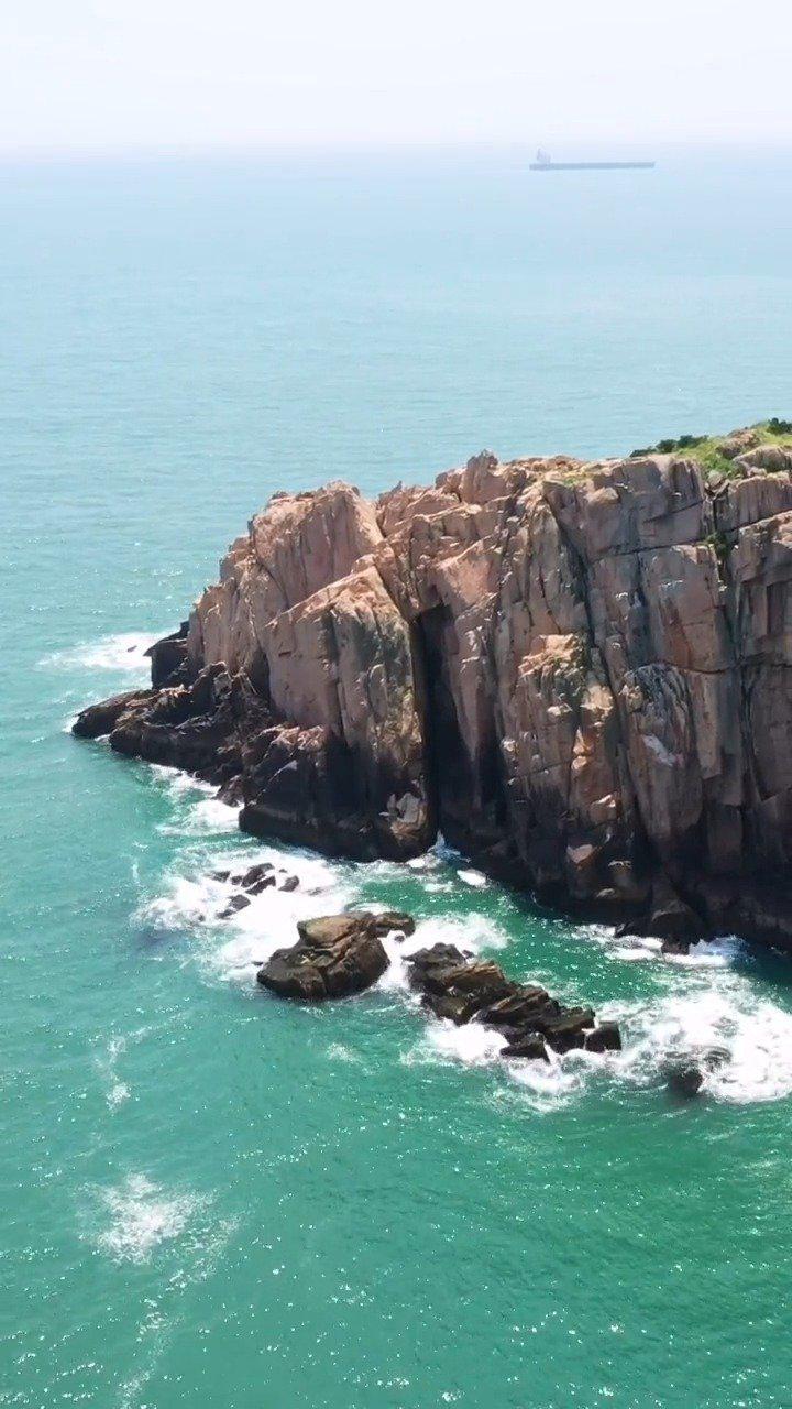 """浙江   东崖绝壁:舟山群岛的最东边,这才是真正的""""天涯海角"""""""