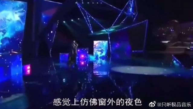"""韩国MAMA现场,林俊杰《不为谁而作的歌》""""砸KPOP场子""""……"""