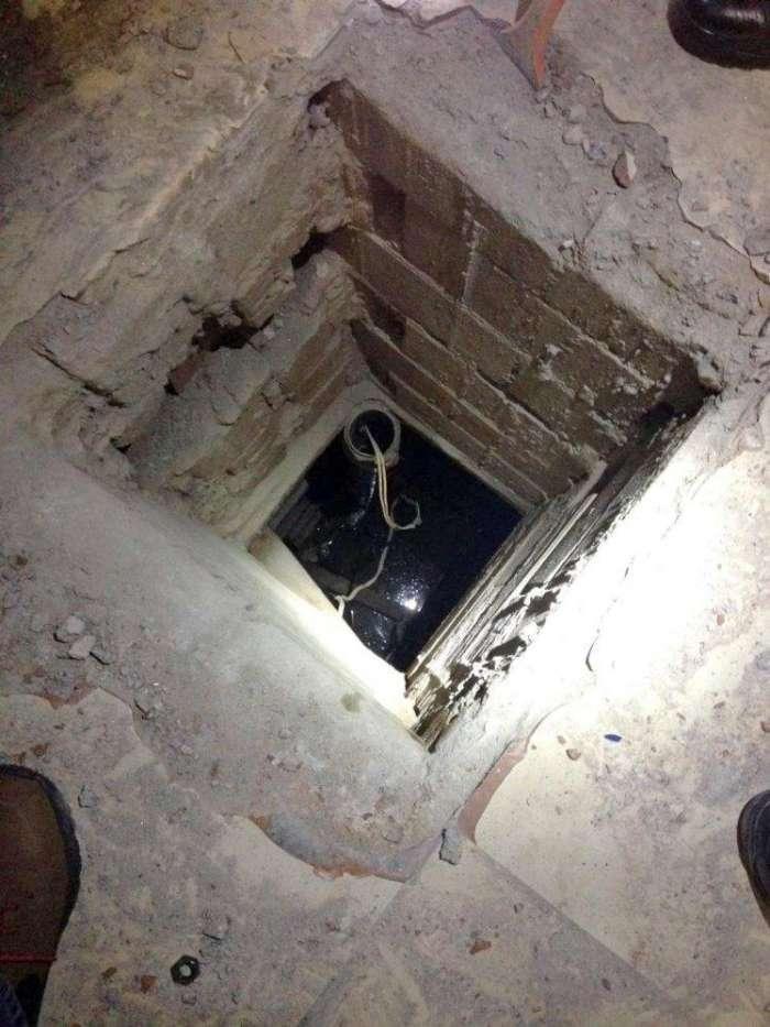 男子在仓库发现一奇怪洞口下去后看到的画面看懵吓着立马报警