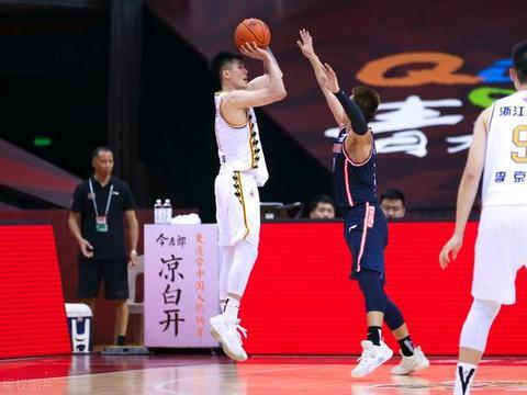 我心目中cba最职业的球员——刘铮