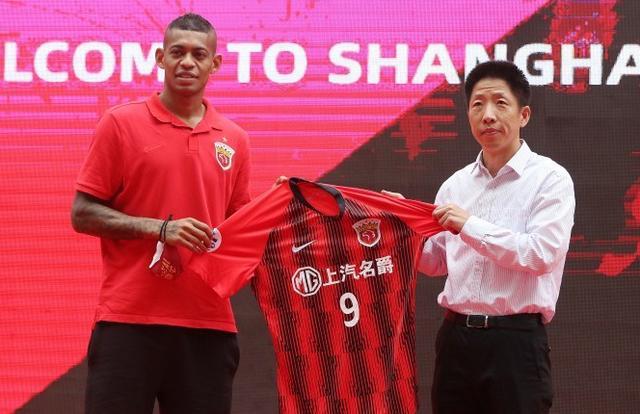 巅峰埃尔克森!上海上港洛佩斯首发一鸣惊人梅开二度