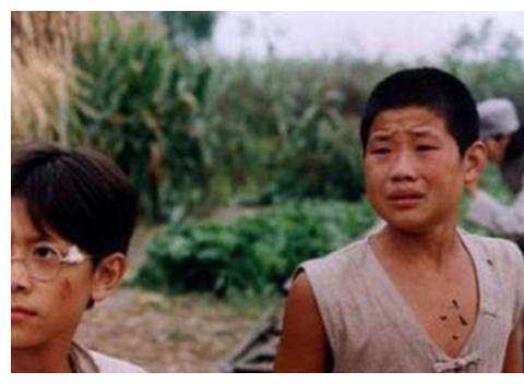 """31岁\""""嘎子哥\""""谢孟伟:豪车无数娇妻貌美,活成了我们梦想的样子"""