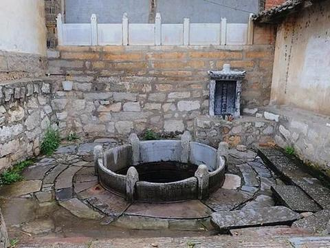 古老的水井,建水古城文脉上的眼睛